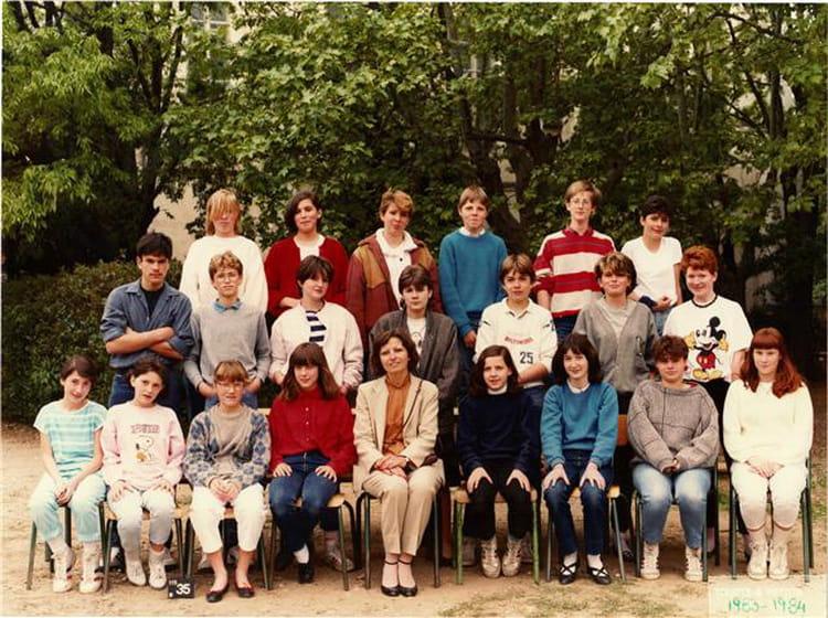 College Saint Victor Valence : photo de classe 4e de 1984 coll ge saint victor copains ~ Dailycaller-alerts.com Idées de Décoration