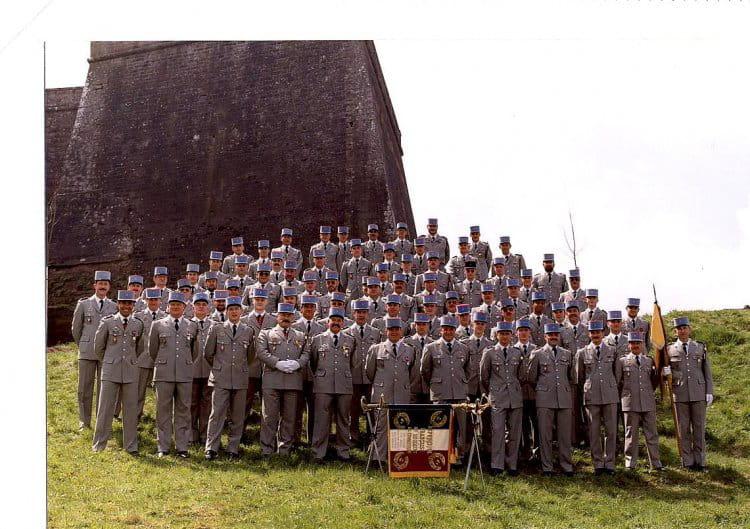 devant la citadelle BITCHE 1995 - 4EME CUIRASSIERS