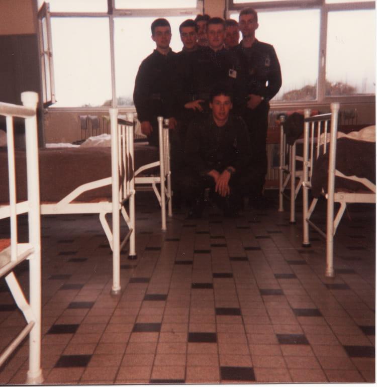 compagnon de chambre 1986 - 57E REGIMENT D ARTILLERIE