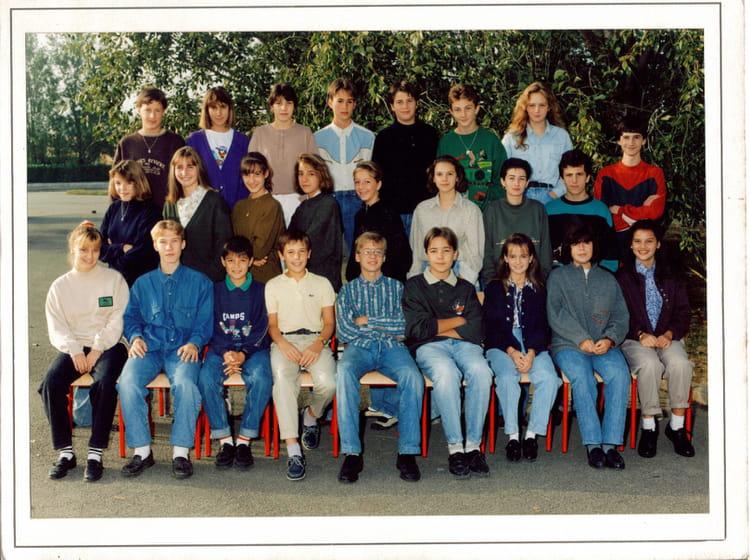 Photo de classe 3ème 2 de 1990, Collège Du Bois De La  ~ Ent Bois De La Barthe