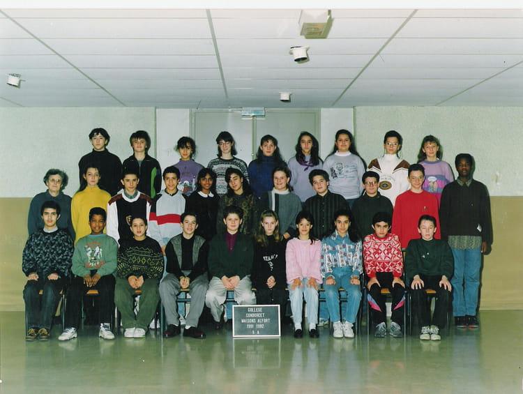 photo de classe 5eme a de 1992 coll 232 ge condorcet copains d avant