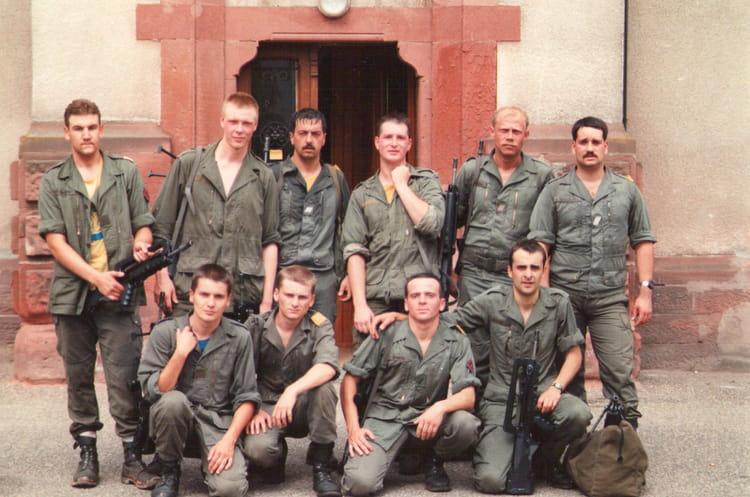 Le service transmission aprés une course commando 1989 - 4EME CUIRASSIERS