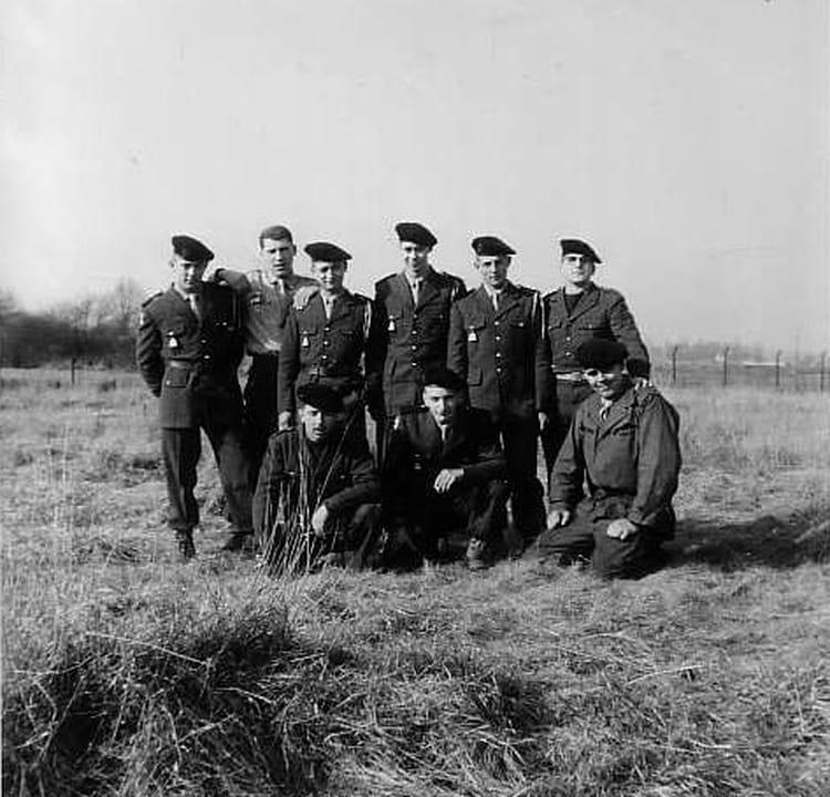 groupe d'amis 1964 - 1ER R.I.M.