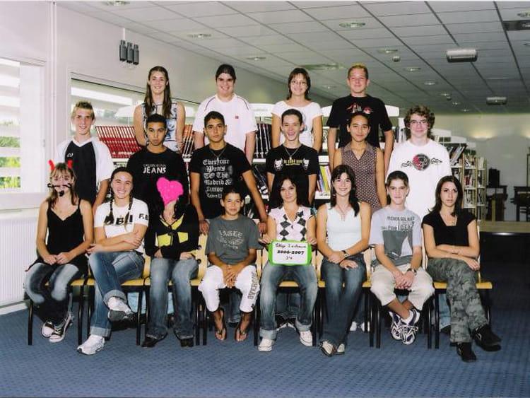 Photo de classe 3e4 de 2006 coll ge joseph d 39 arbaud - College joseph d arbaud salon de provence ...