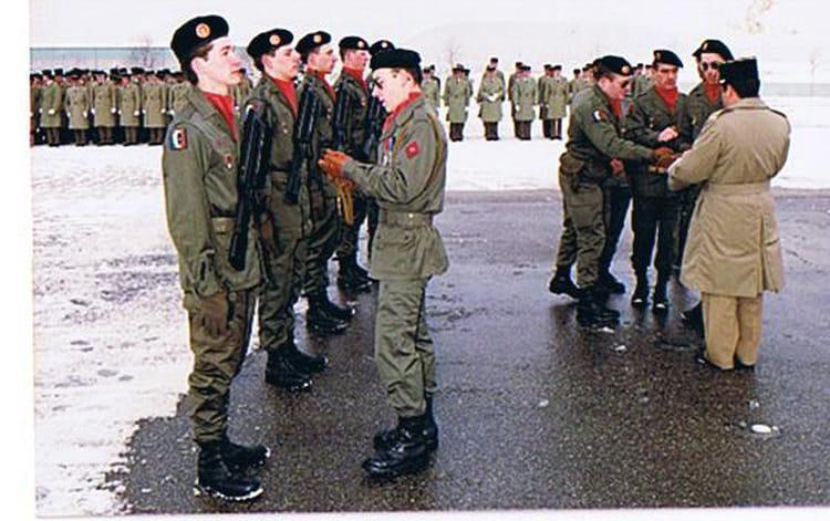 remise de fouragére 1987 - 57E REGIMENT D ARTILLERIE