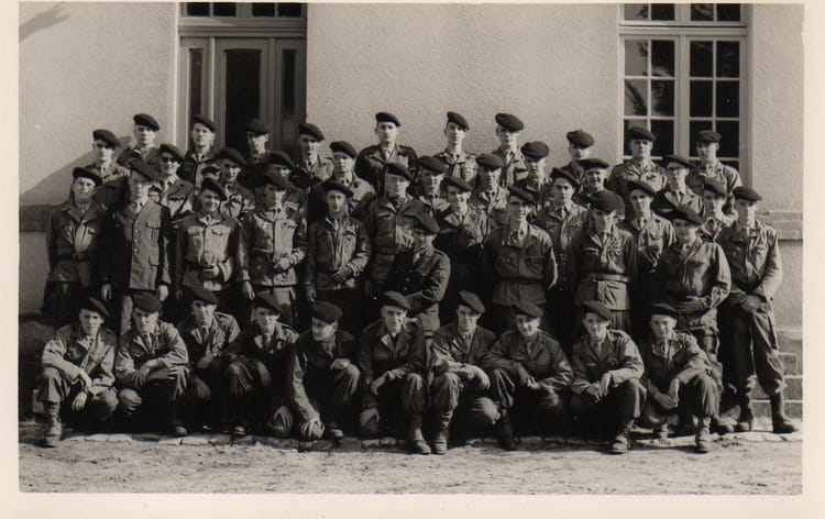Section Elèves Gradés 66/1B 1966 - 1ER R.I.M.