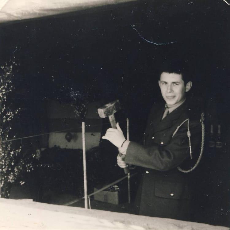 Stand pendant la fête du régiment. 1967 - 1ER R.I.M.