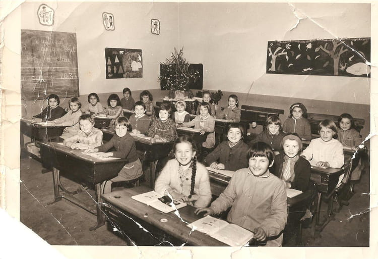 photo de classe ce2 st loup sur semouse de 1962 ecole des filles copains d 39 avant. Black Bedroom Furniture Sets. Home Design Ideas