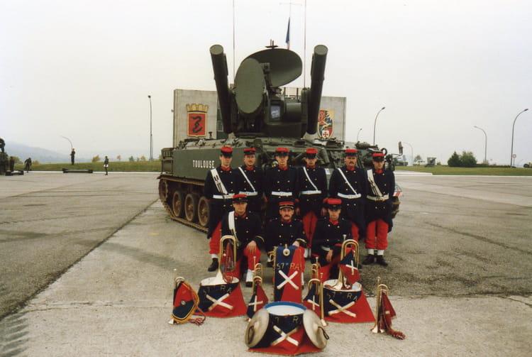 LA FANFARE DE 57°RA 4°B 1987 - 57E REGIMENT D ARTILLERIE