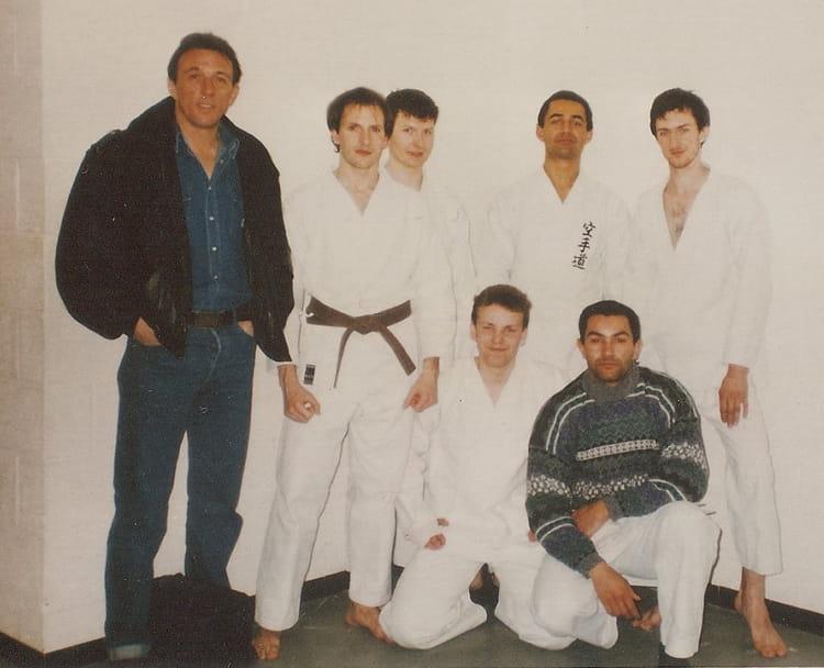 photo de classe karat 233 club de beaumont sur oise de 1987 salle sport copains d avant