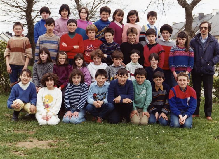 photo de classe cm2 de 1986 ecole primaire breal sous montfort copains d 39 avant. Black Bedroom Furniture Sets. Home Design Ideas