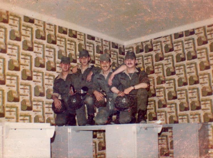 Photo de classe sissonne 82 02 de 1982 94 ri copains d for Sissonne 02