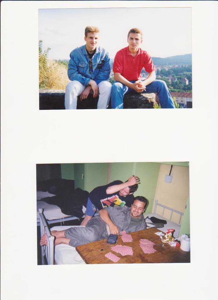 moments de detante !!...après une dure journée de travail!!! 1994 - 57E REGIMENT D ARTILLERIE