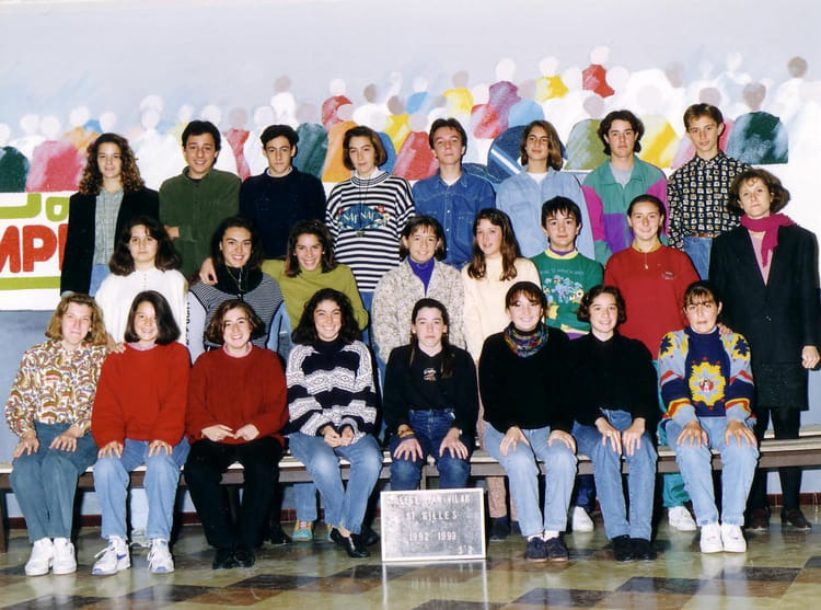 photo de classe 3 me2 de 1992 coll ge jean vilar copains d 39 avant. Black Bedroom Furniture Sets. Home Design Ideas