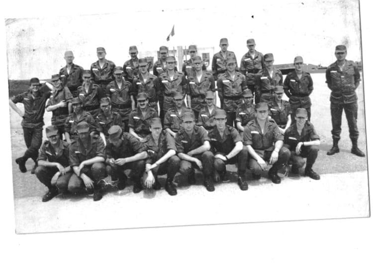 06/82 1982 - 57E REGIMENT D ARTILLERIE