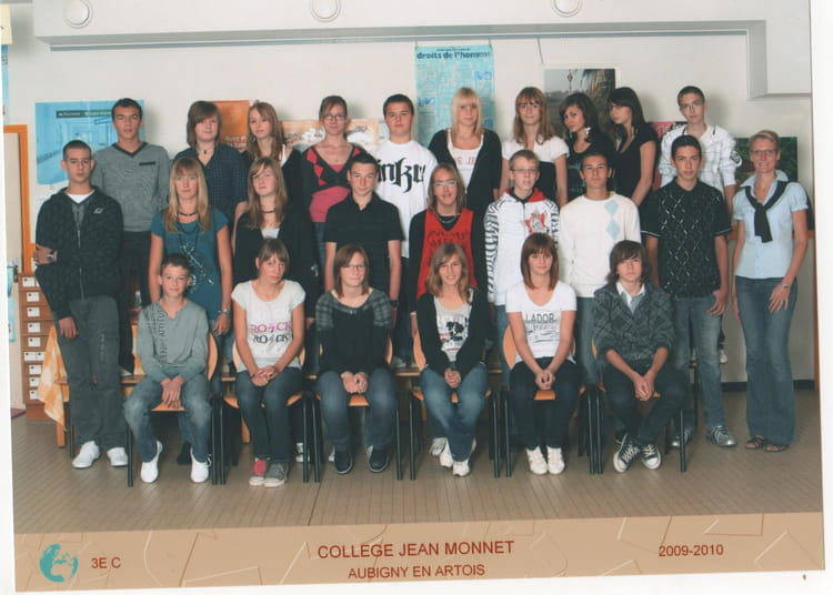 photo de classe 3 b de 2009 coll ge jean monnet copains d 39 avant. Black Bedroom Furniture Sets. Home Design Ideas
