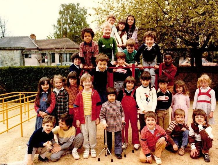 Photo de classe ecole maternelle de 1981 ecole maison for Creche maison blanche reims