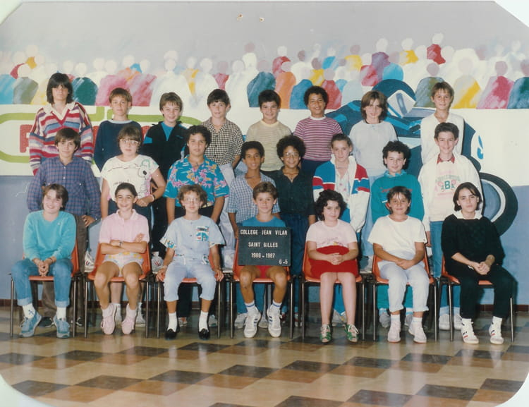 photo de classe 6 eme 5 de 1986 coll ge jean vilar copains d 39 avant. Black Bedroom Furniture Sets. Home Design Ideas
