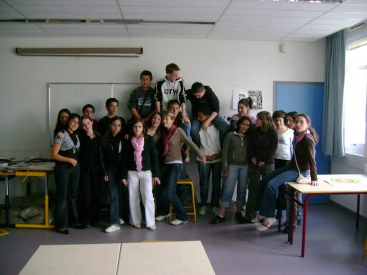 photo de classe 3eme de 2007 coll 232 ge porte d anjou copains d avant