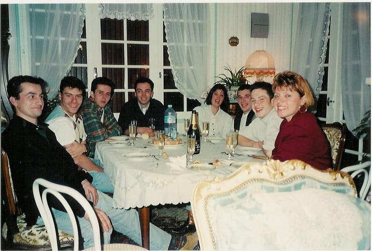 Photo de classe mes 17ans avec le garage thomas de 1995 for Garage mercedes royan