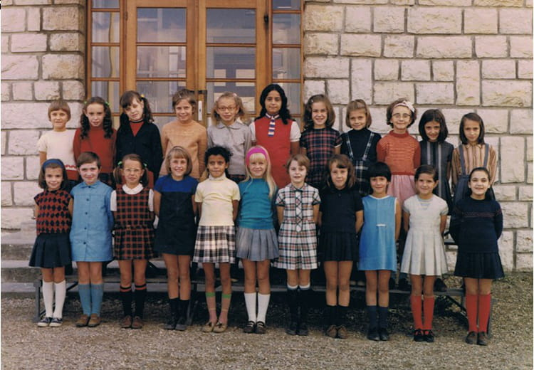 photo de classe ce2 mme pardon de 1969 ecole jean bonthoux villefranche sur saone copains d. Black Bedroom Furniture Sets. Home Design Ideas