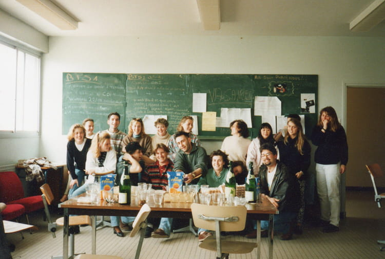 Photo de classe bts tourisme promo94 no stress de 1994 - Lycee sainte marie du port les sables d olonne ...