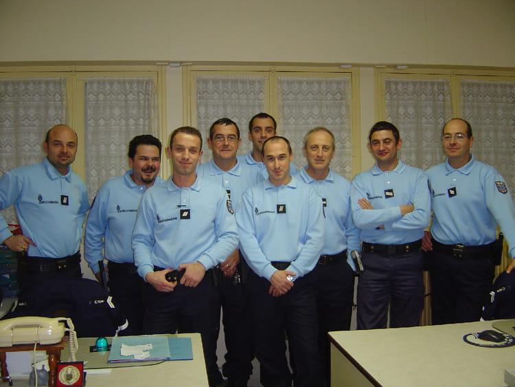 photo de classe effectifs azay 2005 de 2005 gendarmerie copains d 39 avant. Black Bedroom Furniture Sets. Home Design Ideas